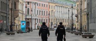 Чем грозит нарушение закона о самоизоляции в Санкт-Петербурге в связи с Коронавирусом