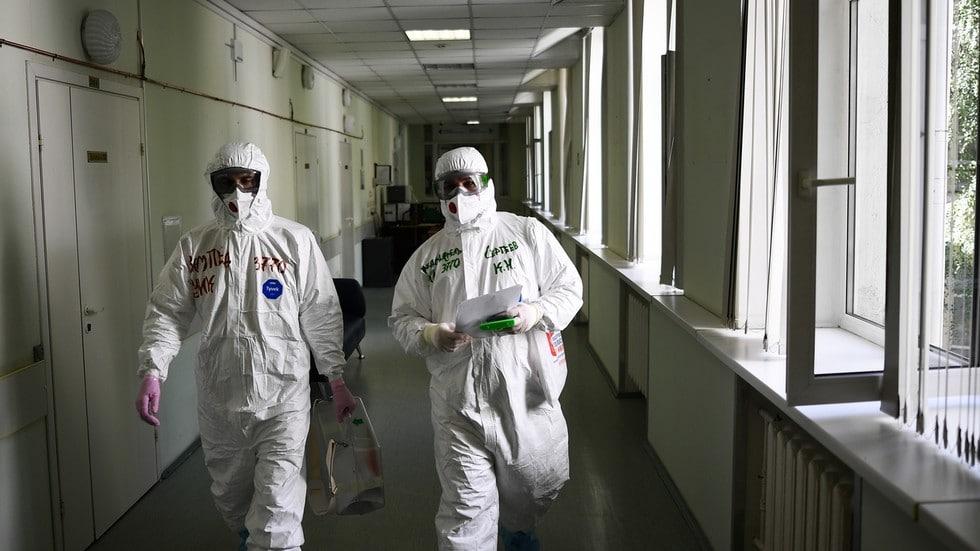 Обширный российский исследовательский проект предполагает, что вы НЕ МОЖЕТЕ заразиться Covid-19 дважды, если у вас нет серьезного основного заболевания